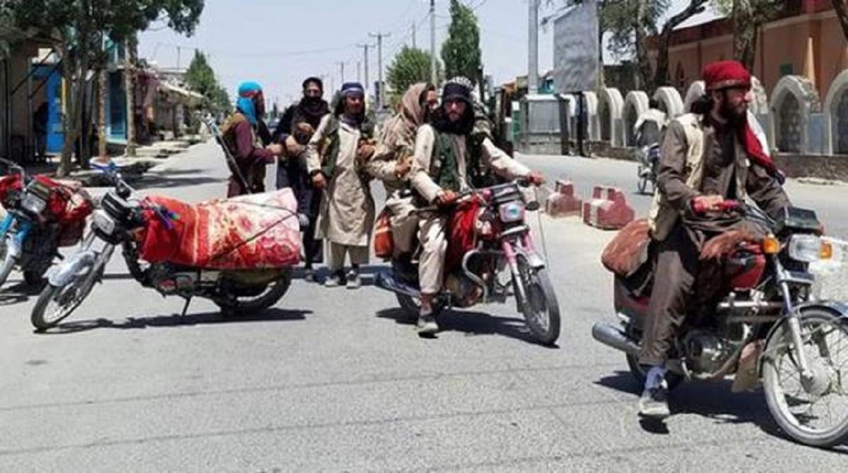 Afganistan'da Taliban Kabil'e girdi