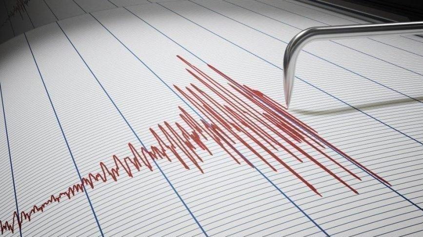 Alaska ve Haiti'de peş peşe depremler!