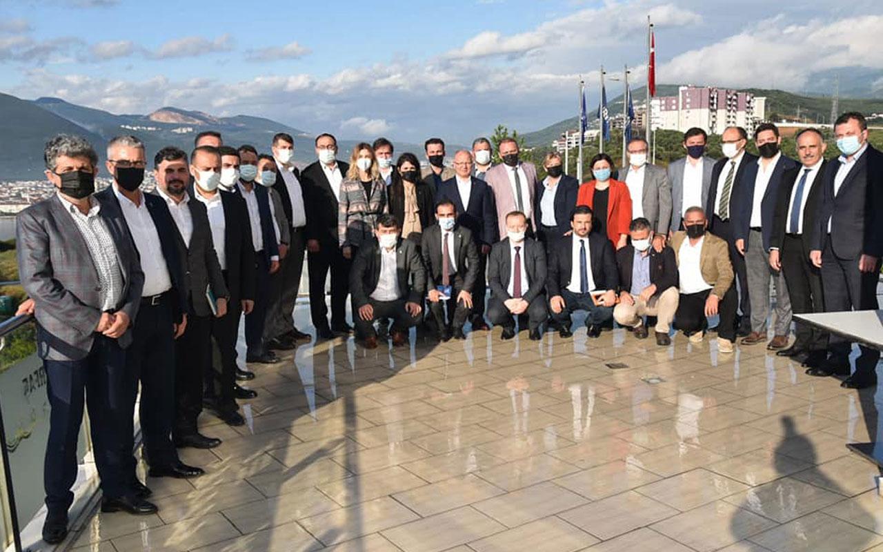 Bursa'nın AK Partili ilçe başkanları Gemlik'te buluştu