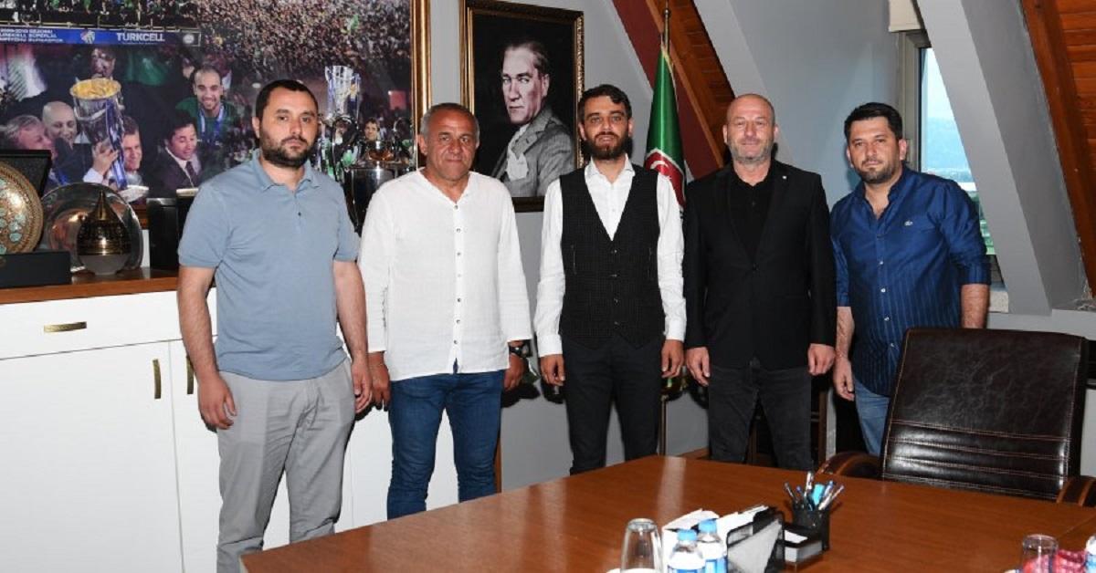 Bursaspor'da Hakan Cenkçiler'le yola devam