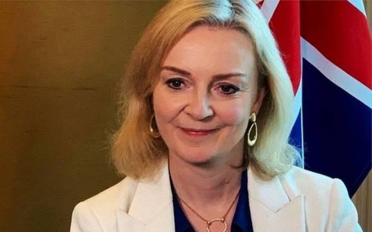 İngiltere'nin ikinci kadın bakanı oldu