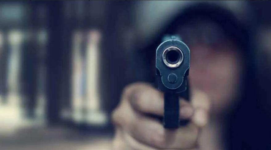 Korkunç ölüm! 3 yaşındaki oğlu tarafından vuruldu
