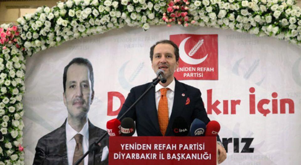Diyarbakır'da Erbakan'dan 'yeni anayasa' yorumu