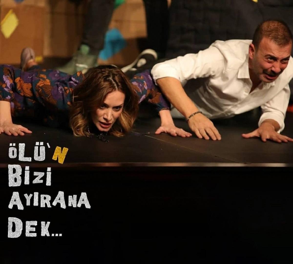 Bursa Açıkhava'da komedi akşamı