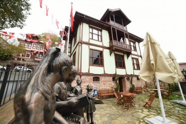 En zengin Atatürk Evi Müzesi İzmit'te
