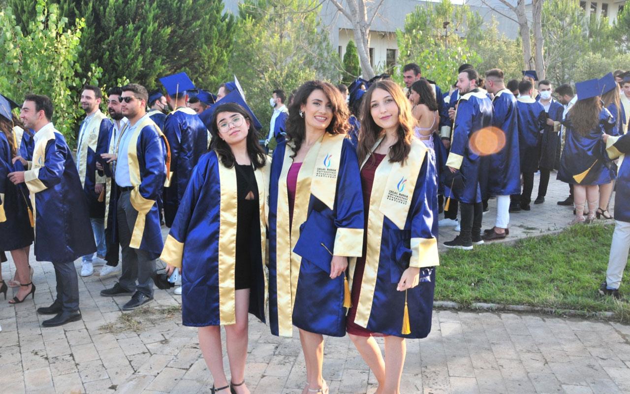 Manisa Celal Bayarlı genç mühendislerin mezuniyet sevinci